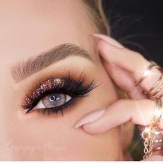 @champagnewhisper using the rose gold glitter from @_glittereyes_ 👏🏽😍 FLAWLESS __________ #makeup #makeupblog #maybelline #makeupdolls #makeupfreak #makeupaddict #makeupobsessed #makeupartist #makeupjunkie #makeupmurah #makeupmafia #beauty #beautyday #beautyful #beautyblog #beautycare #beautyblogger #beautysalon #beautyqueen #elixir #anastasiabeverlyhills #maccosmetics #fashion #beautysocial #instagood #instamood #instalove #eyeshadow #eyeliner #glowingwithbeauty