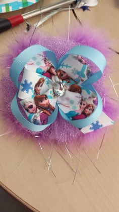 Lavender feather/ White Frozen bow