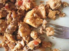 Naked Vegan Lunch: Tofu Scramble (because you just can't have enough pictures of tofu scrambles!)