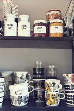 The mugs are super cute! Decoration ideas???