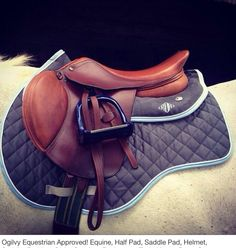 Oil u saddle pads