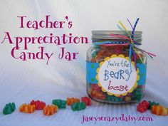 "You're the ""Beary"" Best Teacher Appreciation Gift~a super cute and easy way to let them know you think they are the best! with printable! Cute Teacher Gifts, Teacher Treats, School Treats, School Gifts, Student Gifts, Best Teacher, Staff Gifts, Student Treats, School Days"