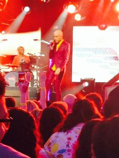 Neon Trees performs Pop Psychology on Jimmy Kimmel Live | GOOD GOSSIP GIRL