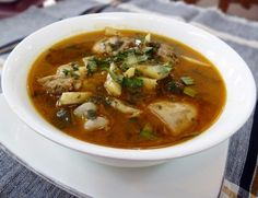 Curry Kachin Chicken Curry is a famous indigenous Kachin curry. The chicken is cooked with praew leaves. Some recipes use bamboo shoot. Fantastic for a winter night.