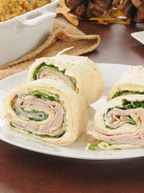 """Try these easy and delicious turkey pinwheel appetizers at your next """"Super"""" Party!"""