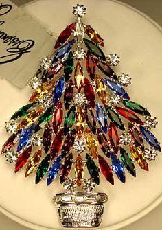 Pretty Eisenberg Ice Christmas Tree Brooch, with multi-colored navette shaped gemstones & clear rhinestones!