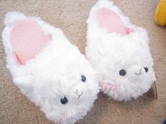 Arpakasso!! I want these slippers!