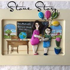 Önce kendini sevdirmeli sonra dersi ...Benim fikrim bu tabii özellikle küçük yaştaki çocuklarımız bağ kurdukları öğretmenlerinin derslerinde daha başarılı oluyorlar.Canım öğretmenim part2. . . #öğretmen #öğretmenlergünü #kutsalmeslek #öğretmenlergünühediyesi #duvarpanosu #duvarsüsü #özeltasarım#handmade#taştablo #tastablo #tablo#peppleart #taşboyama #stonestorybydb #patentli #marka #copyright #taklitetme #kendinol #instagram #instagood#instadaily #instalike #instamood #instacool