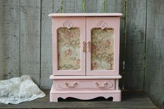 Jewelry Armoire Shabby Chic Jewelry Box Pink by TheVintageArtistry Jewelry Box Makeover, Armoire Makeover, Shabby Chic Jewellery Box, Jewellery Boxes, Musical Jewelry Box, Recycled Jewelry, Barbie Furniture, Diy Box, Jewelry Armoire
