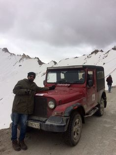 Karan Bhalla and Thor at Khardungla Top - Ladakh Road Trip Places To Travel, Places To Visit, Nowhere Man, Long Drive, Hobbs, India Travel, 10 Days, Thor, Madness