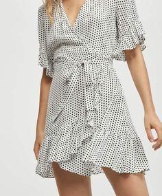 Short dress with a mini polka dot print - 0