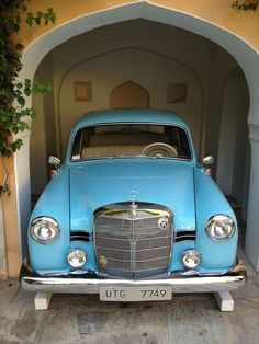 Mercedes 180, Classic Mercedes, Mercedes Benz Cars, Classy Cars, Car Goals, Amazing Cars, Hot Cars, Vintage Cars, Dream Cars
