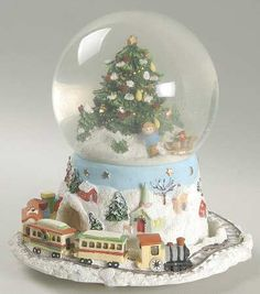 Pfaltzgraff, Christmas Heritage - Page 8 Christmas Snow Globes, Christmas And New Year, Christmas Tree, Christmas Ornaments, Gingerbread Houses, Let It Snow, Tea Roses, Xmas Crafts, Glass Globe