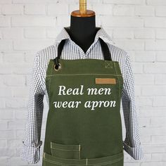 Green Canvas Apron - BBQ Apron - Grilling Apron - Barista Apron - Chef Apron  -Professional and comfortable chef apron for men and women -Bib apron with pockets and adjustable neck -Suitable for plus size -Perfect grilling apron -Made of the highest quality 100% Cotton.  Width 33 (84
