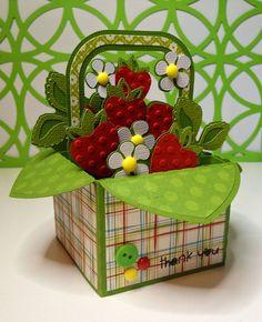Box Cards Cricut Cartridge - Strawberry Basket