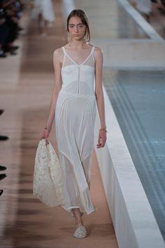 A despedida de Alexander Wang da Balenciaga - Vogue   Desfiles