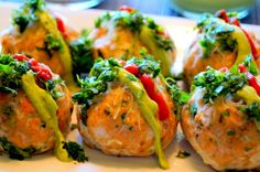 Prep time : 20 mins Cook time : 18 mins Total time : 38 mins Serves : 4 Seriously, these baked salmon meatballs may be some of the best things you've eaten in awhile. They're made even better with a dollop of creamy avocado sauce on top. INGREDIENTS THE MEATBALLS: 1 lb. skinless salmon, c…