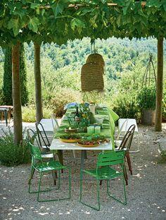 Italian Patio, Italian Garden, Tuscan Garden, Italian Villa, Mediterranean Garden, Porches, Garden Furniture, Outdoor Furniture Sets, Tricia Guild