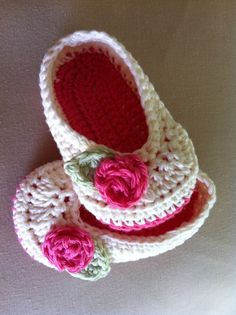 Adorable crocheted baby slippers
