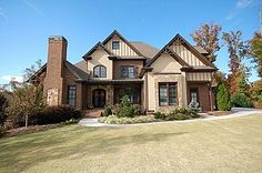An exquisite floorplan in the Chateau Elan community in Braselton, GA! 6 bedrooms, 4 full baths and 2 half baths, a 4 car garage, and a fenced in backyard all on a 1 acre lot! This home has too much to name, all for the great price of $625,000!