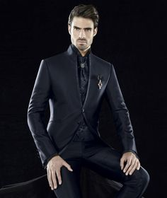 #carlopignatelli #cerimonia #sposo #groom #matrimonio #wedding #abitodasposo #groomcollection #collection2018 #collezione2018 #madeinitaly All Black Mens Suit, Black Suits, Fall Wedding Suits, Wedding Men, Mens Attire, Mens Suits, Black Suit Combinations, All Black Party, Designer Suits For Men