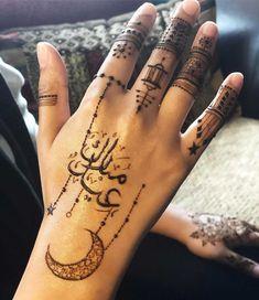 Gorgeous Eid Al-Adha Mehndi Designs 2019 Pretty Henna Designs, Floral Henna Designs, Henna Tattoo Designs Simple, Finger Henna Designs, Latest Bridal Mehndi Designs, Full Hand Mehndi Designs, Henna Art Designs, Mehndi Designs For Girls, Mehndi Design Photos