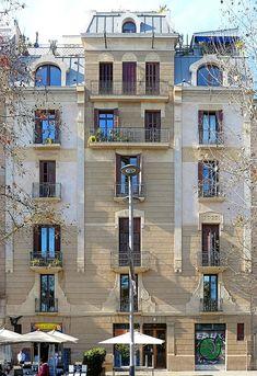 Architect: Manuel Joaquim Raspall i Mayol (?)
