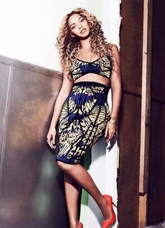 Beyonce in African prints. ~DKK ~African fashion, Ankara, kitenge, African women dresses, African prints, African men's fashion, Nigerian style, Ghanaian fashion.