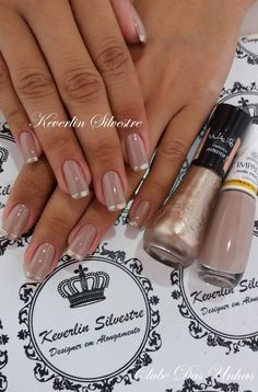 Maybe you have found your nails lack of some trendy nail art? Yes, lately, many girls personalize their nails with lovely … Manicure And Pedicure, Gel Nails, Nail Polish, Nail Nail, Acrylic Nails, Fancy Nails, Bling Nails, Gold Tip Nails, French Nail Designs