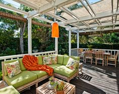 20 Outstanding Outdoor Living Rooms