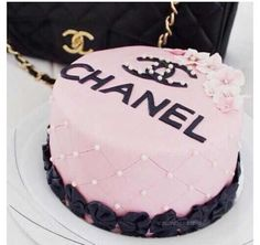 Beautiful Chanel cake perfect for teens obsessed with makeup