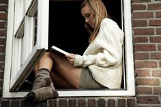 Bedtime Stories by ByLaauraa on DeviantArt New Books, Books To Read, Reading Books, Best Frind, Books A Million, Woman Reading, Student Fashion, Pictures Of People, Bedtime Stories