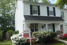 Lake Ridge 4 Level End Unit Town House - Open House - Claudia S. Nelson