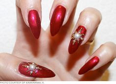 7 Santa-Approved Christmas Manicures | Beautylish