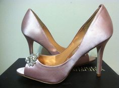 Badgley Mischka Lavender II Blush Satin Women's Dressy Evening Heels Pumps 8 M #BadgleyMischka #DressyEveningHeelsPumps