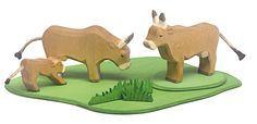 Our lovely new Allgäu cows! #ostheimer #ostheimerwoodentoys #woodentoys #cows #farmlife #holzspielzeug #waldorfinspired