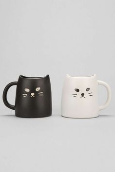 How purrfect (sorrynotsorry) are these cat mugs? Black & White Cat Mug Set - Urban Outfitters Crazy Cat Lady, Crazy Cats, Stars Disney, Cat Mug, Mugs Set, Couple Gifts, Cat Lovers, Tea Pots, At Least