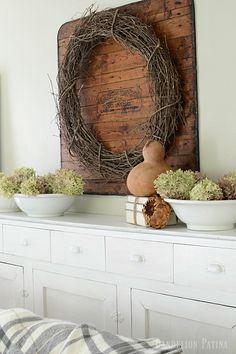 farmhouse fall home tour simply decorated with natural elements and textures #farmhousestyle