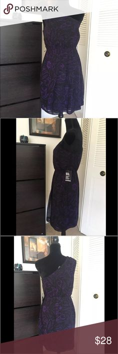 😍SALE Express short purple and black dress size M This is a beautiful and new with tags Express short dress. It retails in stores for $79.90. It's size medium, one shoulder style and has an elastic in the waist. Purple and black color. Express Dresses One Shoulder