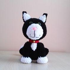 Cute crochet animals by Krempi. Jess the cat :)