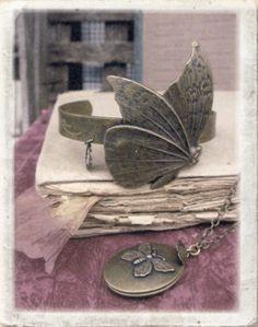 Lotta Djossou butterfly bracelet