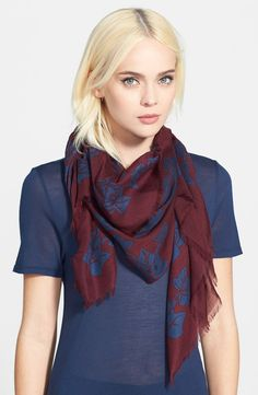 Graphic Ivy Scarf