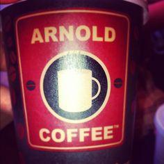 Arnold Coffee ...  #arnold #coffee #arnoldcoffe #cappuccino #frappuccino #iced #caramel #macchiato #icedcaramelmacchiato #friends #happy #buono #buonissimo - @giancabel15- #webstagram
