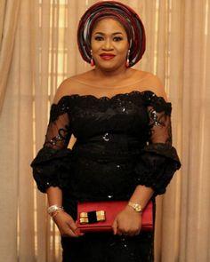 Trending Aso Ebi Styles at the moment Nigerian Lace Styles Dress, African Lace Styles, Lace Dress Styles, African Lace Dresses, African Fashion Dresses, African Outfits, African Style, African Beauty, Ankara Styles