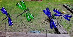 upcycledrecycledrepurpos glass, art dragonfli, glass bottle art, glass bottle garden art, repurposed garden art, glass art bottle dragonfly, bottl garden, bottle tree, wine bottles