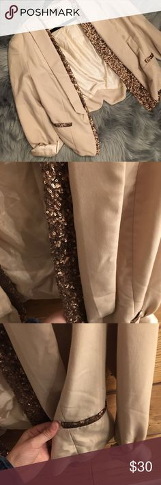 Cream blazer with gold sequin trim A little worn but great condition! Fits like Medium to Large Jackets & Coats Blazers