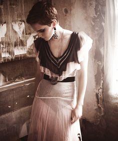 Emma Watson@Mariano Vivancoc (2010)