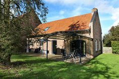 Vakantiehuis NL-6077-01 in Roerdalen voor 5 personen en 3 hond(en)