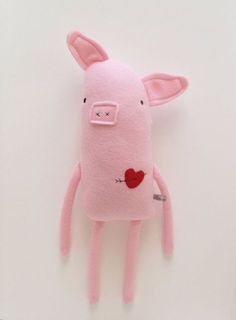 Love Pig with Heart and Arrow Tattoo - Valentine's Day - Finkelstein's Center Handmade Creature. Nx Love Pig with Heart and Arrow Tattoo - Valentine's Day - Finkelstein's Center Handmade Creature. Softies, Plushies, Sewing Toys, Sewing Crafts, Sewing Projects, Cute Stuffed Animals, Handmade Stuffed Animals, Fabric Toys, Paper Toys