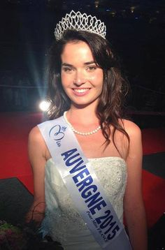 Miss Auvergne - Pauline Bazoge (18 ans - 1,71 m) - Étudiante aide-soignante